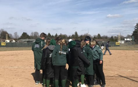Varsity Softball Ties with Reeths-Puffer